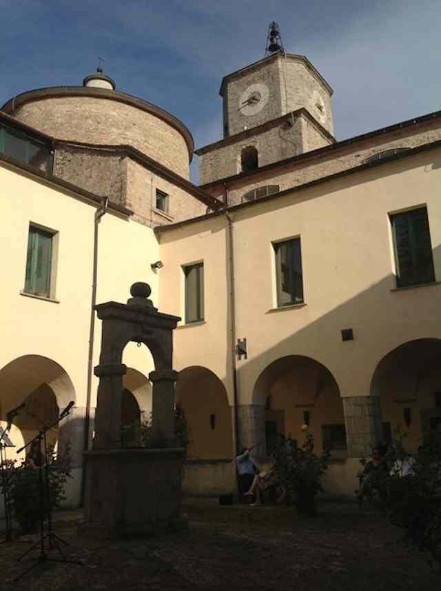 Isernia-Chiostro-Pal-S-Francesco3