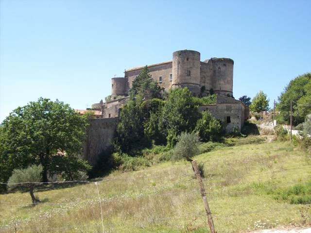 Il castello di Prata Sannita