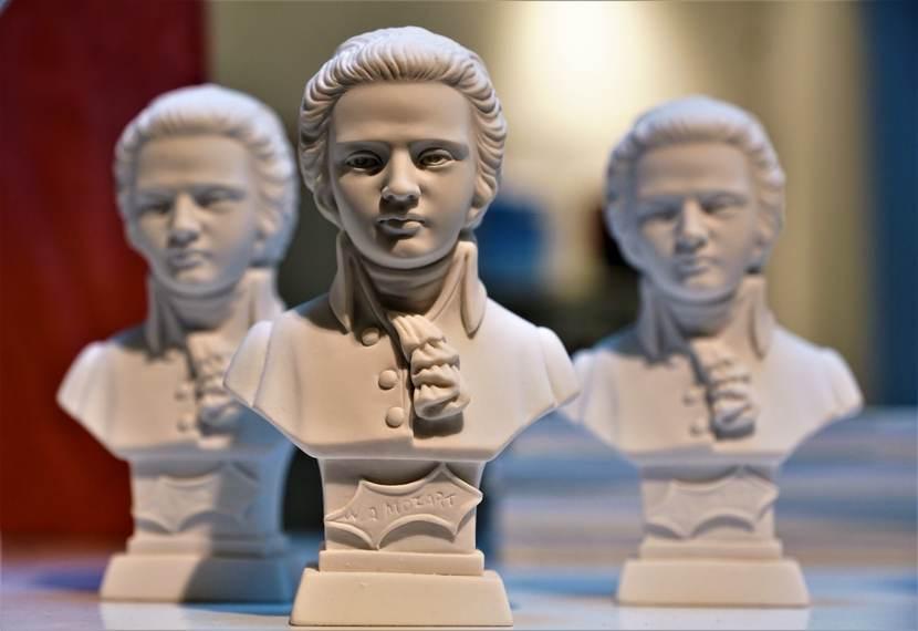 Un busto di Mozart, celebrato presso l' Accademia Filarmonica di Bologna